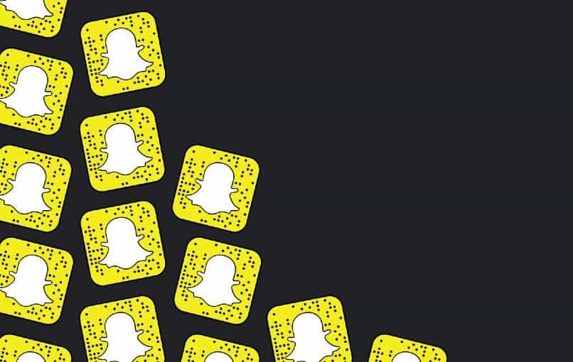 varios iconos de snapchat