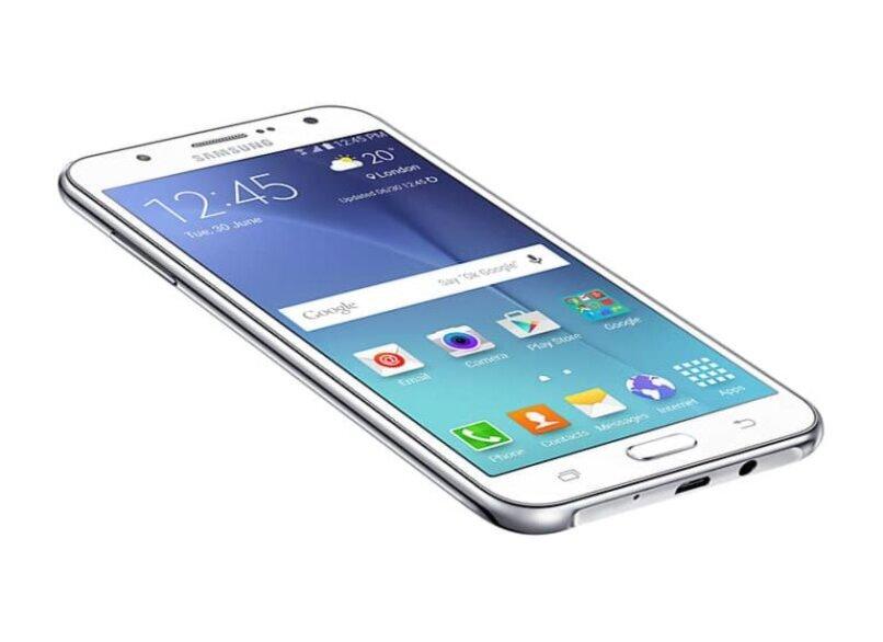 celular fondo blanco pantalla azul