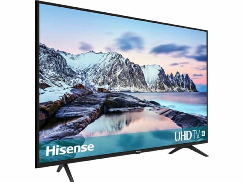 hisense smart tv negro fondo blanco