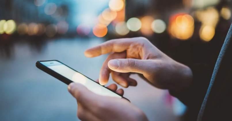 importancia de las tildes en la conversacion por celular