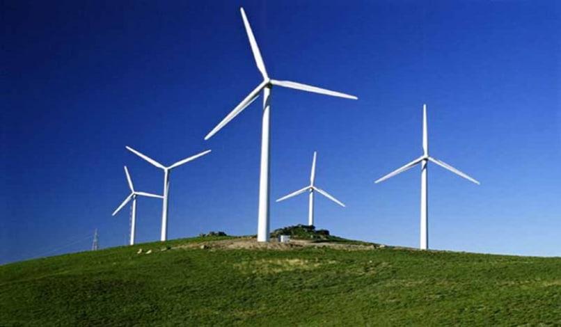 fuerza generadora electricidad