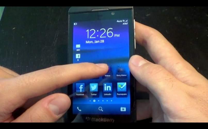movil bb pantalla tactil imagen principal